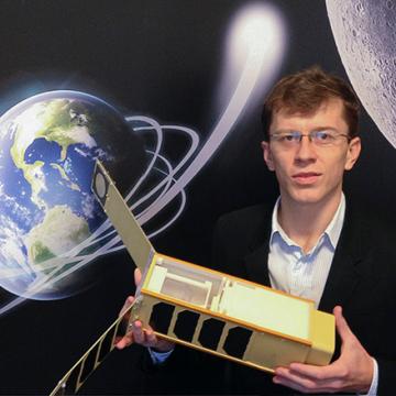 novanano satellite